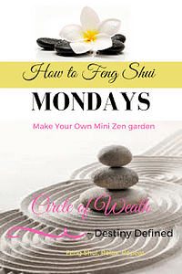 If you like to get into your Zen zone during the day, this DIY(do-it-yourself) miniature Zen garden can help.